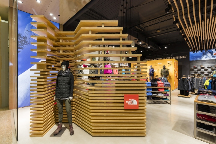 The-North-Face-Store-by-CoMa-Sydney-Australia-03