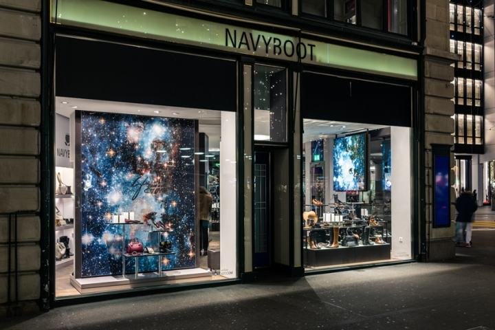 XMAS-2015-Windows-by-DESIGNPLUS-at-Navyboot-Stores-07
