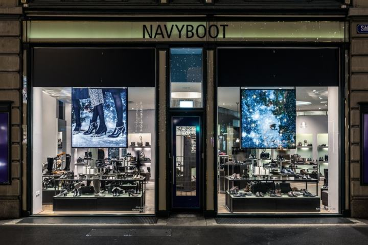 XMAS-2015-Windows-by-DESIGNPLUS-at-Navyboot-Stores-11