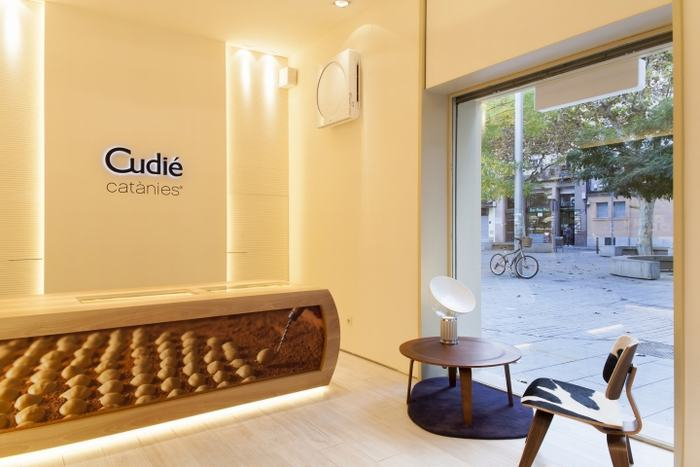 Cudie-Catanies-Chocolate-Shop-by-Arc-Disseny-Barcelona-Spain-05