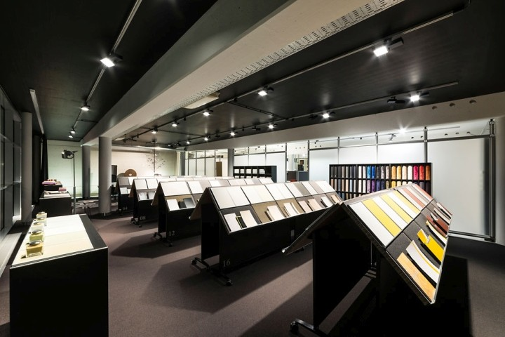 Showroom-Blaha-Office-by-Eichinger-oder-Knechtl-Korneuburg-Austria-07