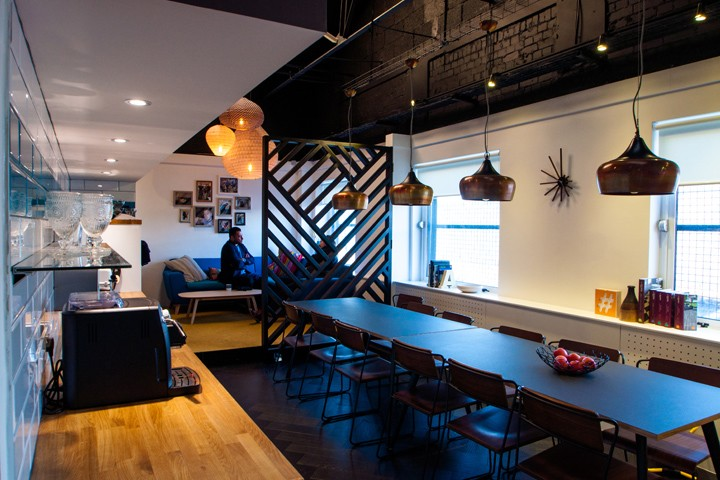 Amarelle-Showroom-and-Office-by-Amarelle-Office-Interiors-Bristol-UK