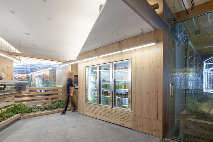 Grow-Op-juice-bar-by-Kilogram-Studio-Toronto-Canada