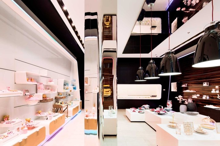 Patchi-chocolate-shop-at-Yas-Mall-by-Lautrefabrique-Architects-Abu-Dhabi-UAE
