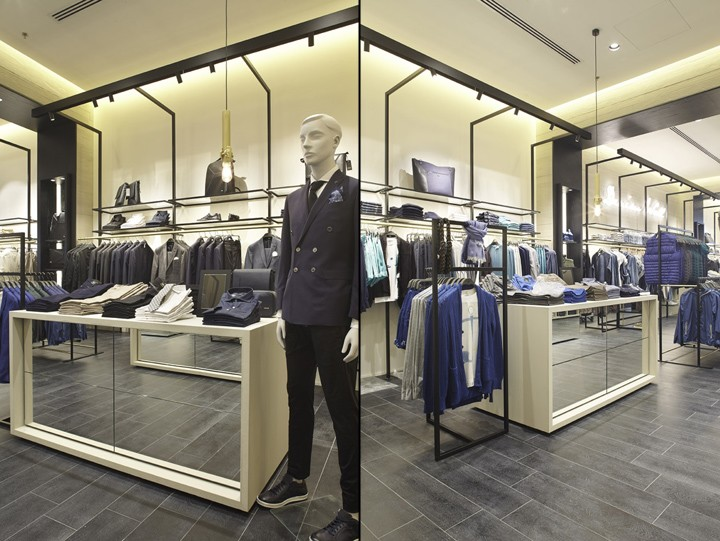 Liu-Jo-store-at-Arese-department-store-by-Christopher-G-Ward-Milan-Italy-07
