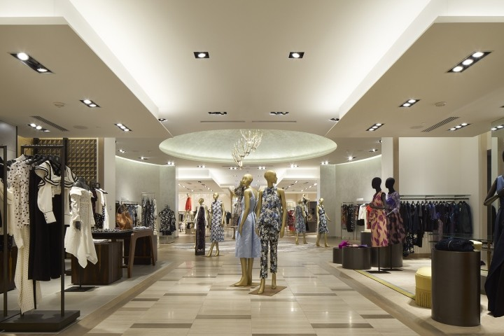 Saks-Fifth-Avenue-flagship-store-by-CBX-Houston-Texas