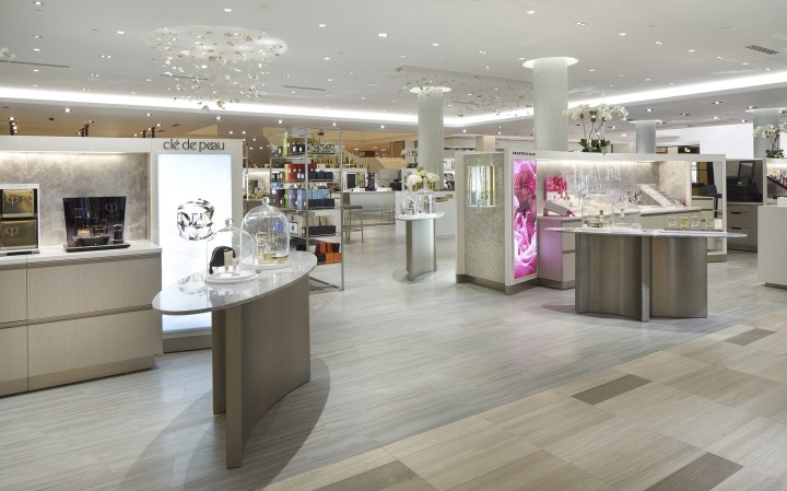 Saks-Fifth-Avenue-flagship-store-by-CBX-Houston-Texas-04
