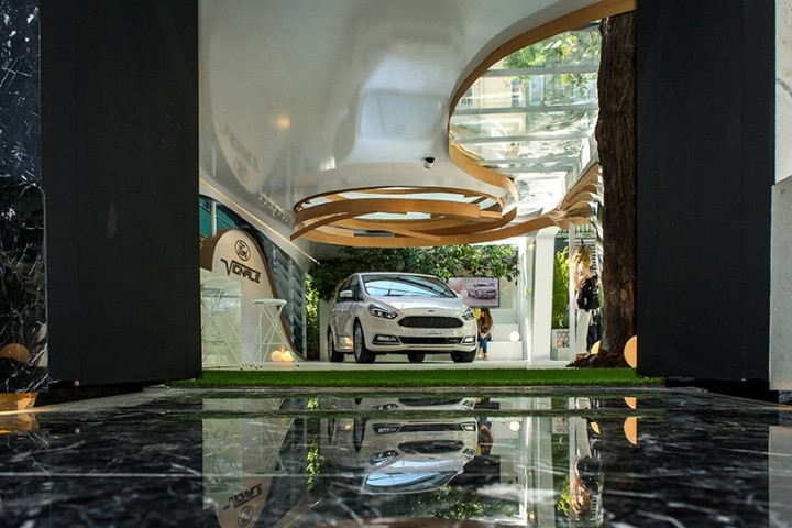 Ford-Vignale-Pavilion-by-Ruiz-Velazquez-Madrid-Spain-04