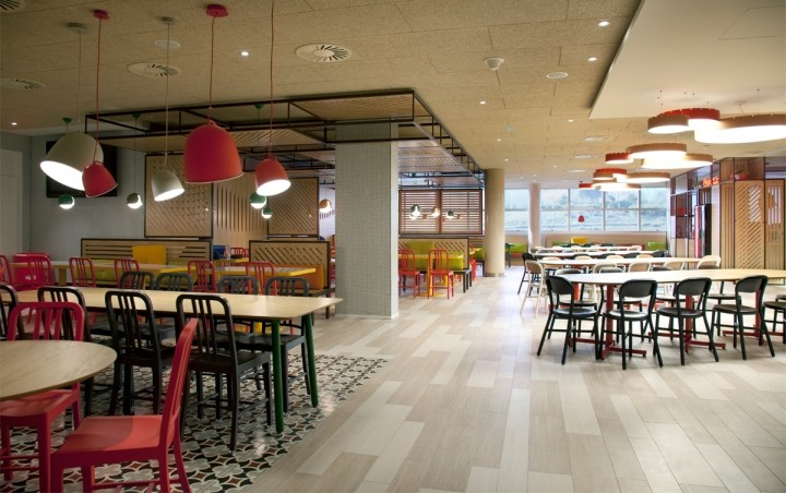 Coca-Cola-HQ-canteen-by-Stone-Designs-Madrid-Spain-03