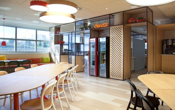 Coca-Cola-HQ-canteen-by-Stone-Designs-Madrid-Spain-04