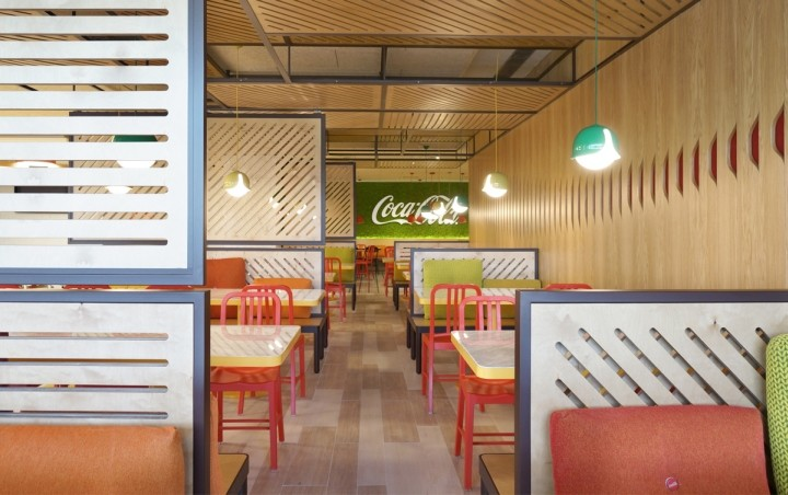 Coca-Cola-HQ-canteen-by-Stone-Designs-Madrid-Spain-07