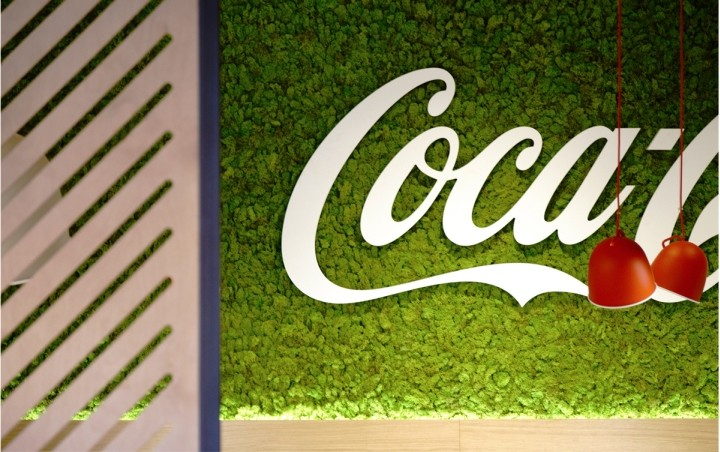 Coca-Cola-HQ-canteen-by-Stone-Designs-Madrid-Spain-10