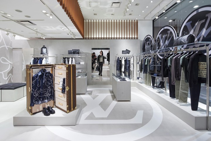 Louis-Vuitton-pop-up-store-Tokyo-Japan