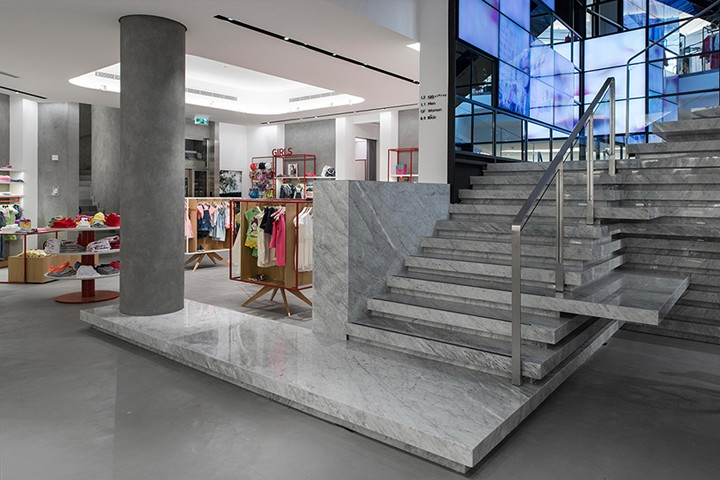 GS-flagship-store-by-Joseph-Barakat-Architects-Beirut-Lebanon