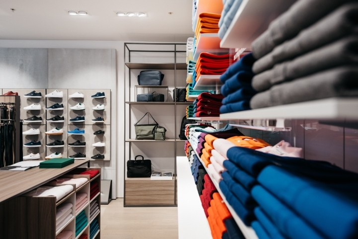 Lacoste-boutique-by-DesignLSM-Manchester-UK-03