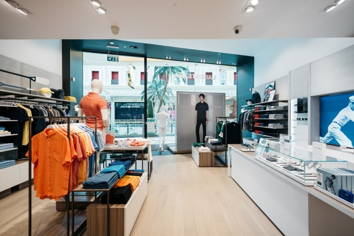 Lacoste-boutique-by-DesignLSM-Manchester-UK-04