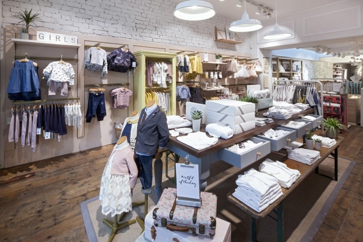 Mamas-Papas-showroom-by-Dalziel-Pow-London-UK