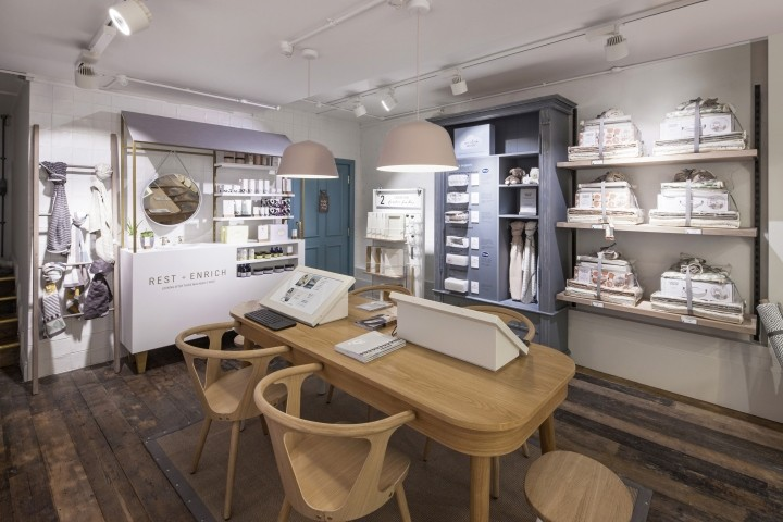 Mamas-Papas-showroom-by-Dalziel-Pow-London-UK-02
