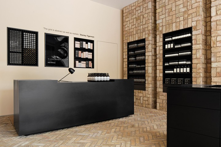 Aesop-store-by-Norman-Kelley-Chicago-Illinois