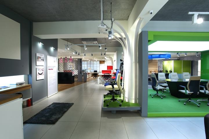 Godrej-Interio-B2B-store-by-Four-Dimensions-Pune-India-05