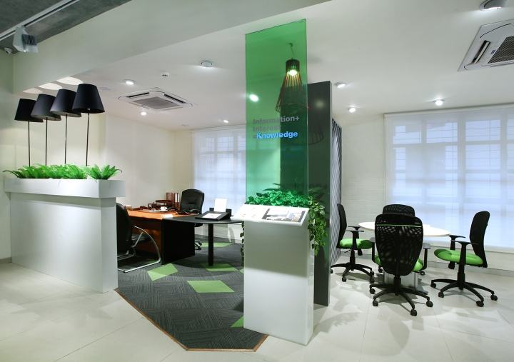 Godrej-Interio-B2B-store-by-Four-Dimensions-Pune-India-09