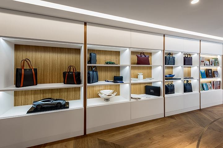 Aston-Martin-global-experience-boutique-London-UK-03