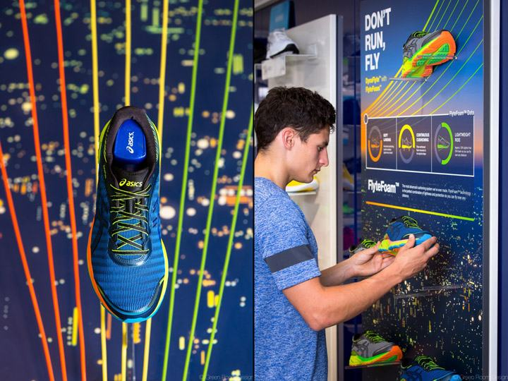 ASICS-DynaFlyte-Campaign-by-Green-Room-Design-06