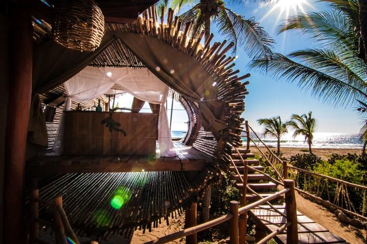 Treehouse-Suite-at-Playa-Viva-Sustainable-Boutique-Hotel-by-Deture-Culsign-Playa-Icacos-Mexico-09