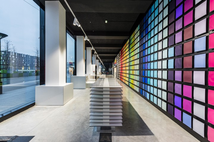Antalis-showroom-fablab-by-IN-EDIT-architecture-Paris-France