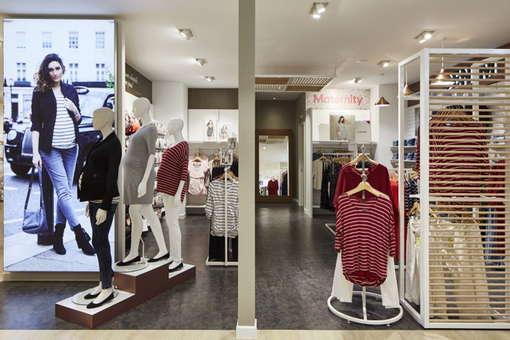 Mothercare-maternity-zone-by-Global-Display-UK