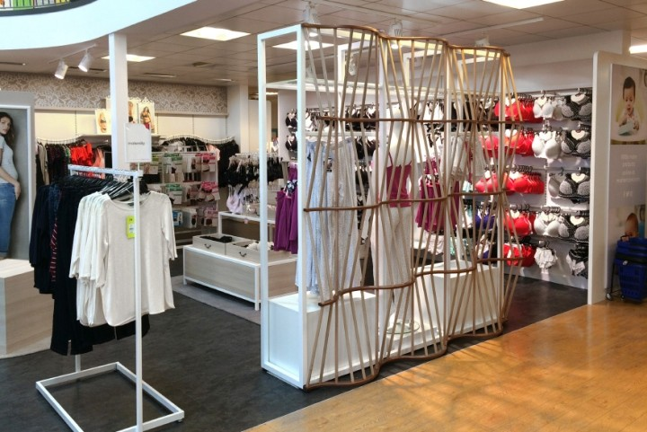 Mothercare-maternity-zone-by-Global-Display-UK-04