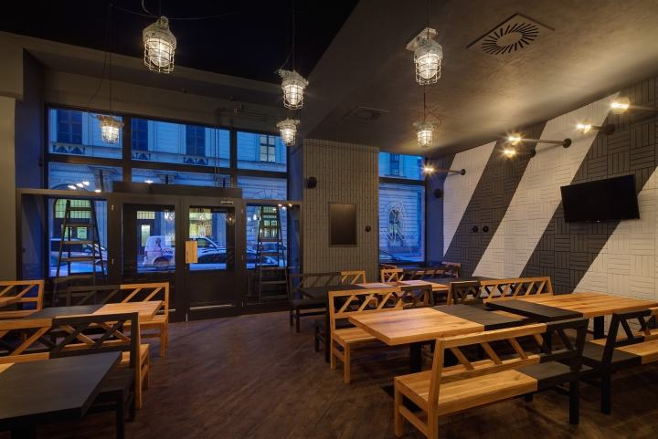 Rebel-Wings-restaurant-bar-by-studio-minio-Prague-Czech-Republic-10