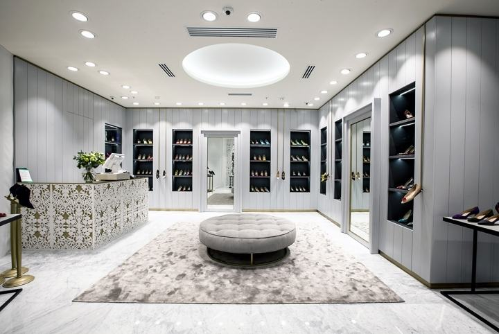Manolo-Blahnik-store-by-Nick-LeithSmith-Moscow-Russia03