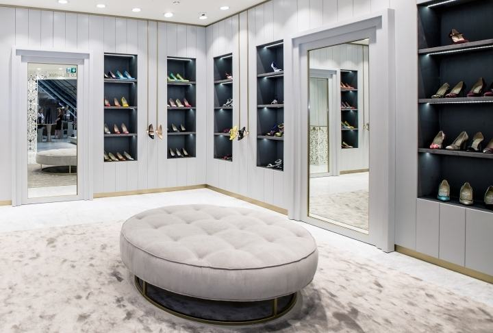 Manolo-Blahnik-store-by-Nick-LeithSmith-Moscow-Russia06