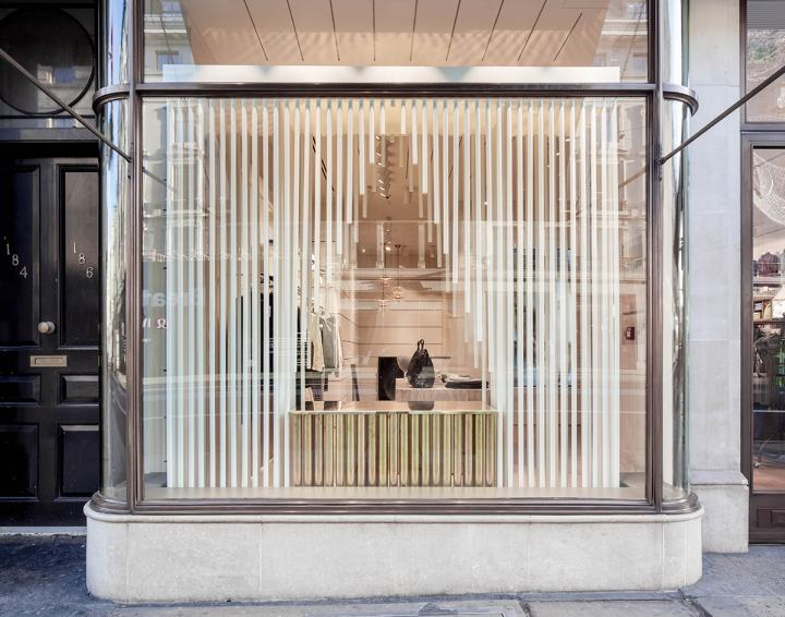 GANT-Christmas-2016-Gift-Giving-by-HASA-Architects-London-UK02