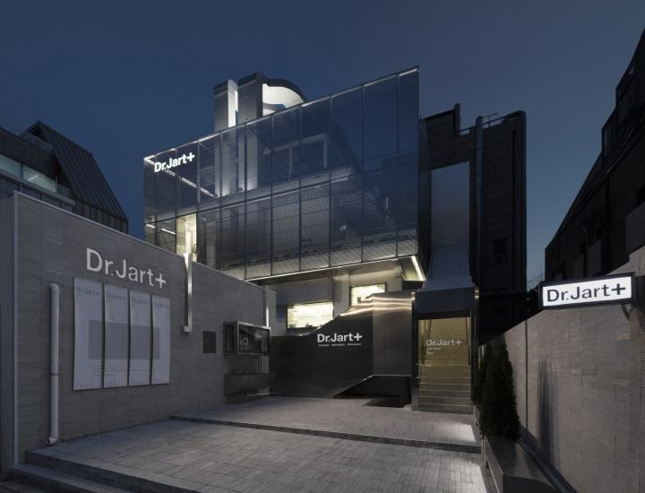 Dr.-Jart-Flagship-Store-by-Betwin-Space-Design-Seoul-Korea18
