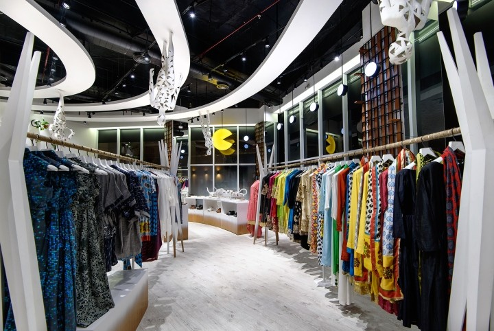Surendri-flagship-store-by-Sorted-Design-Studio-Gurugram-India-04