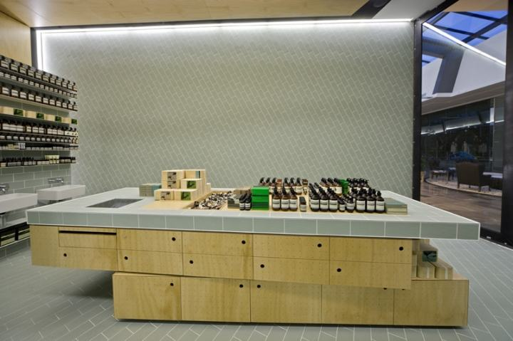Aesop-store-by-Ryan-Russell-Doncaster-UK03