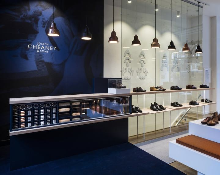Joseph-Cheaney-store-by-Checkland-Kindleysides-London-UK-03