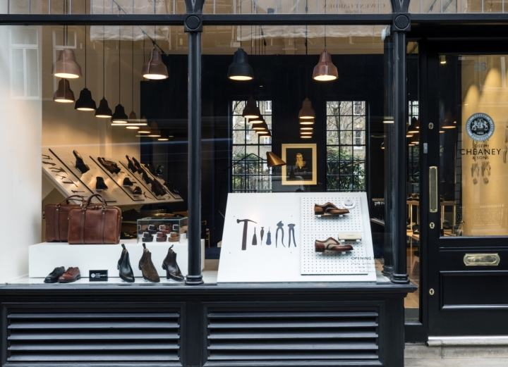 Joseph-Cheaney-store-by-Checkland-Kindleysides-London-UK-10