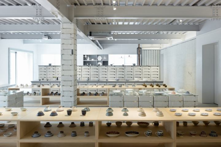 OYANE-porcelain-shop-and-gallery-by-DO-DO-Hasami-cho-Japan-09