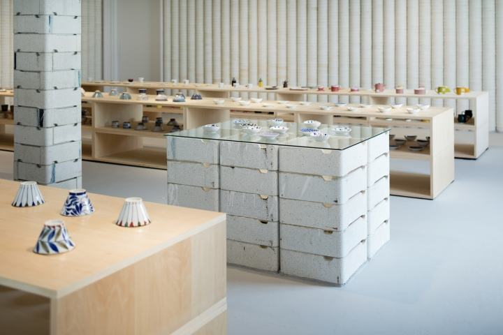 OYANE-porcelain-shop-and-gallery-by-DO-DO-Hasami-cho-Japan-10