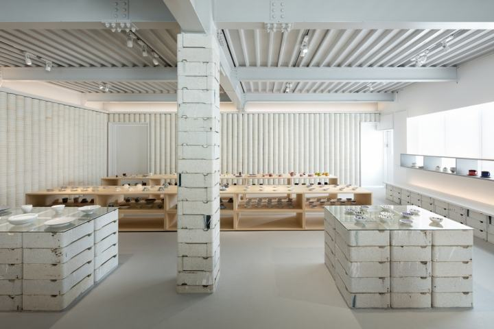 OYANE-porcelain-shop-and-gallery-by-DO-DO-Hasami-cho-Japan-11