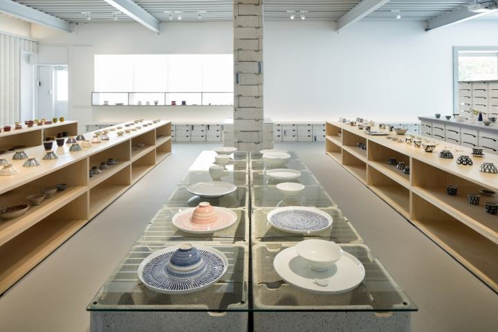 OYANE-porcelain-shop-and-gallery-by-DO-DO-Hasami-cho-Japan-12