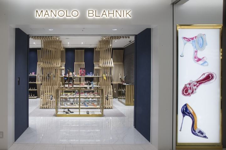 Manolo-Blahnik-store-at-Ginza-6-by-Nick-Leith-Smith-Tokyo-Japan
