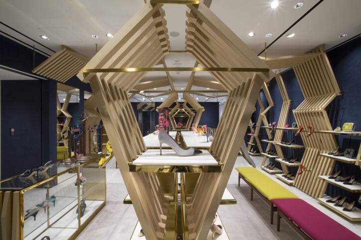 Manolo-Blahnik-store-at-Ginza-6-by-Nick-Leith-Smith-Tokyo-Japan02