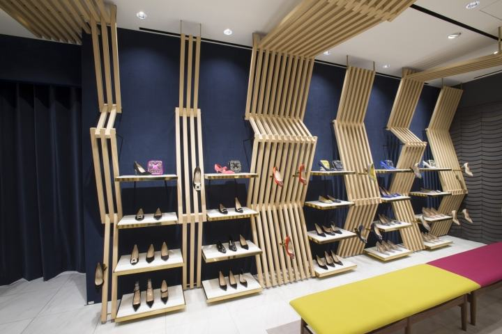 Manolo-Blahnik-store-at-Ginza-6-by-Nick-Leith-Smith-Tokyo-Japan05