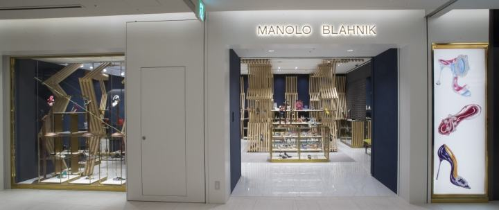 Manolo-Blahnik-store-at-Ginza-6-by-Nick-Leith-Smith-Tokyo-Japan14