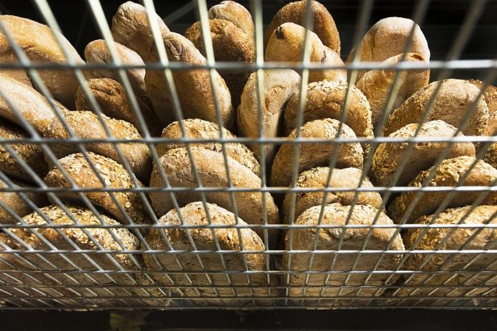 BREAD-STATION-store-by-Dana-Shaked-RAMAT-GAN-ISRAEL09