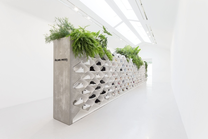 Filling-Pieces-showroom-by-Flip-Ziedses-des-Plantes-at-Paris-fashion-week